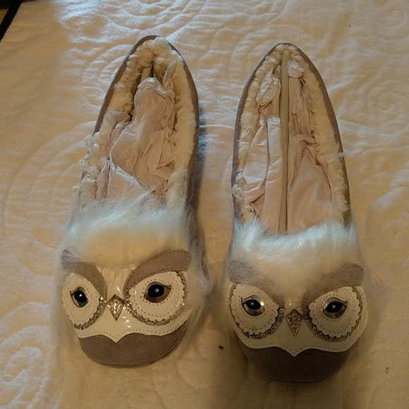 d61db103d1f5 kate spade Shoes - Kate Spade Samantha Owl Slippers